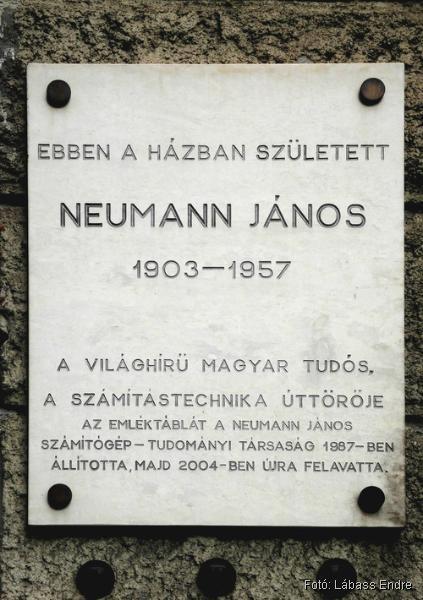 Neumann Emléktábla